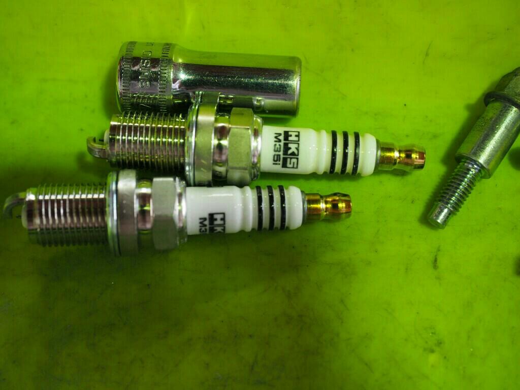NGK製イリジウムプラグ#7交換