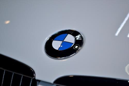 BMWの最重要車種BMW・3シリーズセダンのガラスコーティング【リボルト高崎】