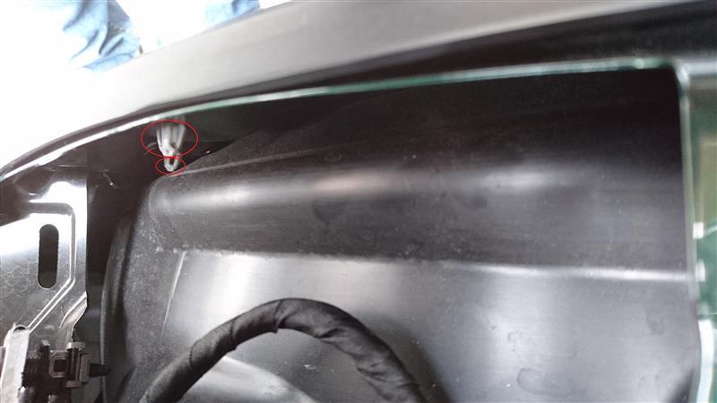 フロントバンパーの外し方(F55 クーパーS)