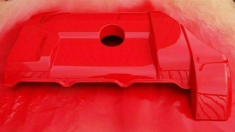 エンジンカバーの結晶塗装