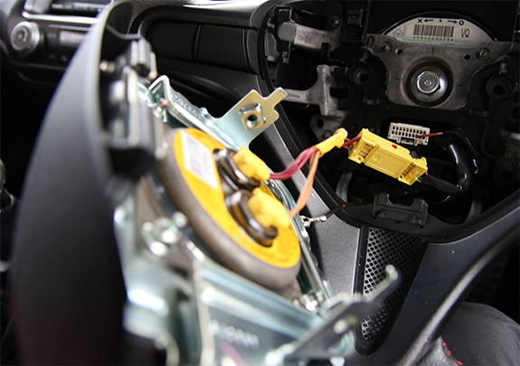 ホンダ・シビック・タイプR FD2 ステアリングホイール交換 エアバッグ取り外し