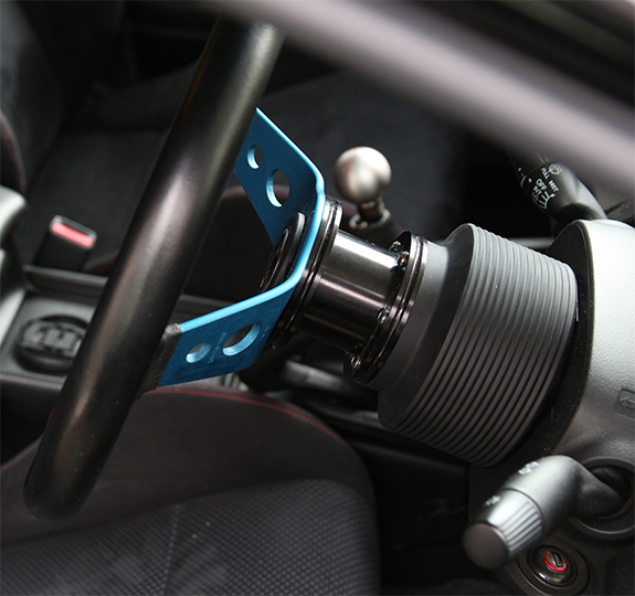ホンダ・シビック・タイプR FD2 ステアリングホイール交換 スパルコ・サファリ