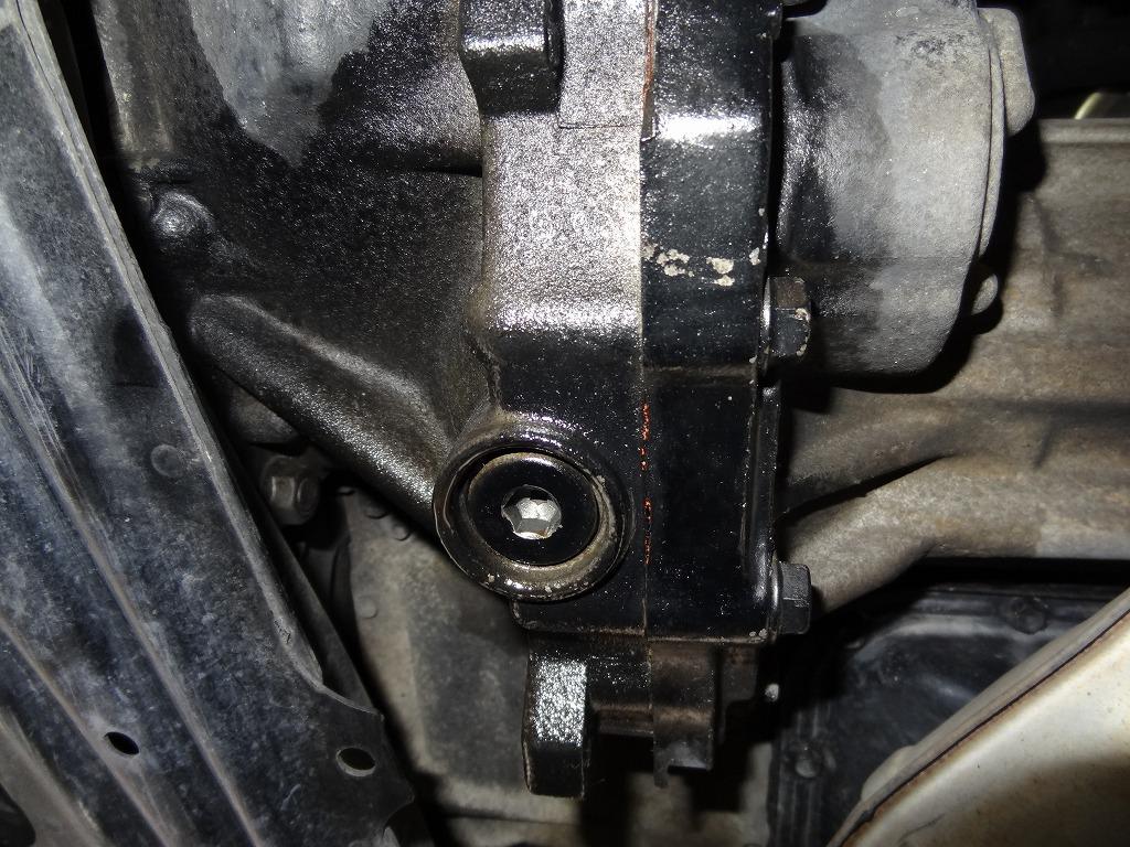 トランスファーオイル漏れ対策(12月の車検準備)