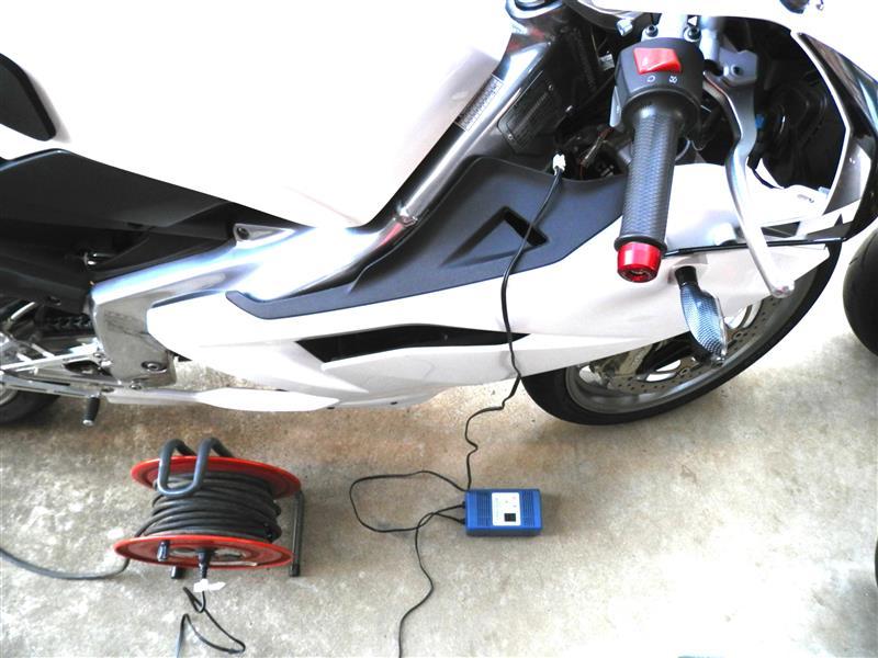 バッテリー交換及び初期充電