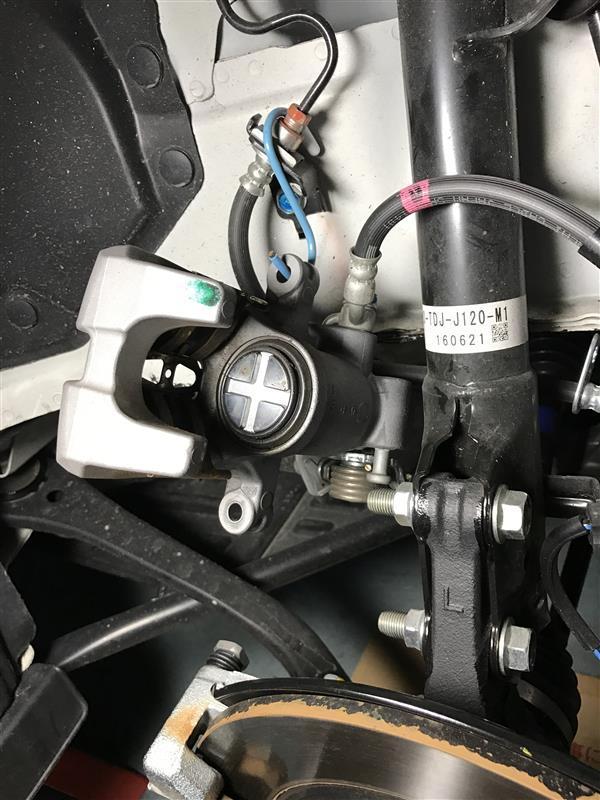 アルミホイル錆付着対策のRディスクローター脱着2