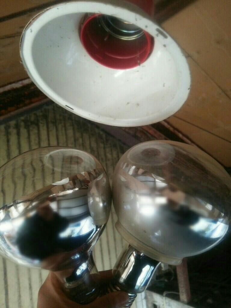 投光器の電球交換|д゚)チラッ