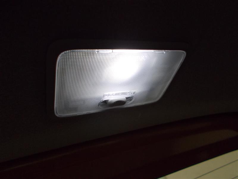 ルームランプLED 汎用交換LEDノーブランド(ドンキホーテ店舗)