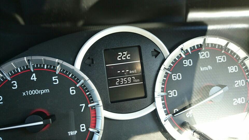 エンジンオイル交換 23597km