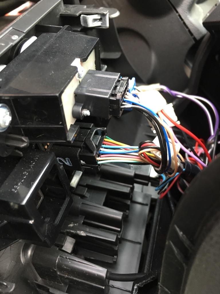 ドアミラー自動格納装置取り付け