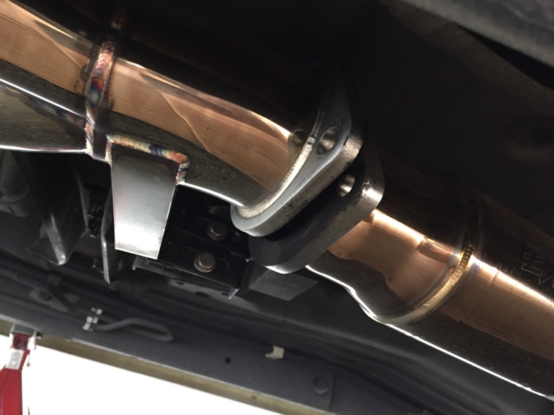 排気漏れ修理