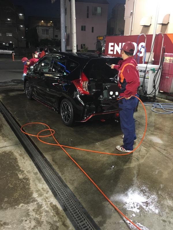 プロの洗車(o^^o)