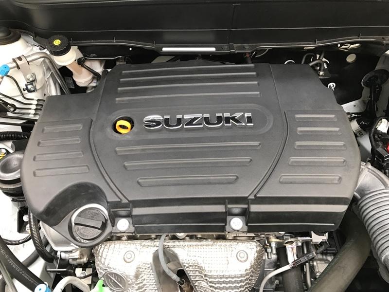 ZC32 スイスポ エアークリーナーカバー交換挑戦