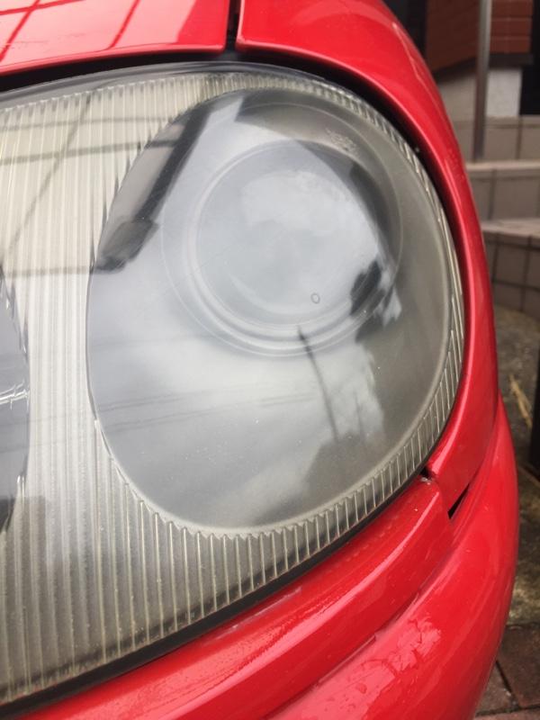 カプチーノのヘッドライト磨き