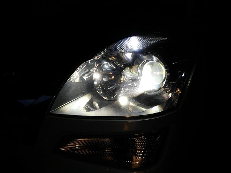 車幅灯の不灯交換
