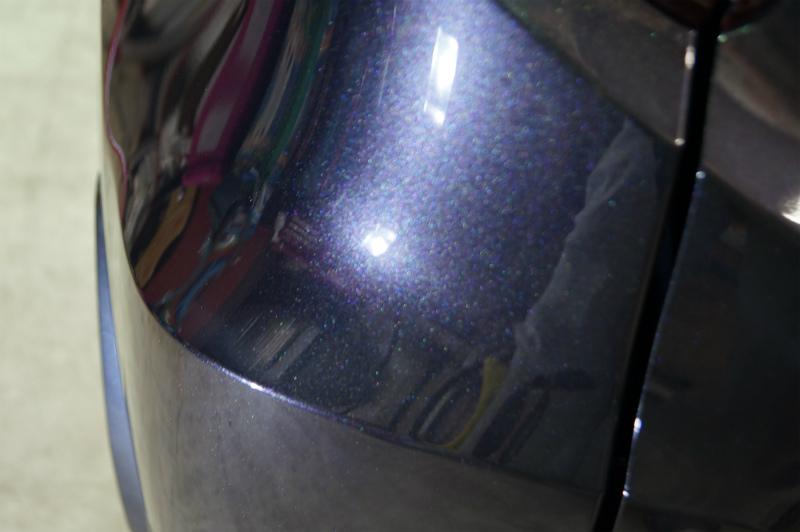 ガラス面の作業を終えボディーをエロく整えていきます!