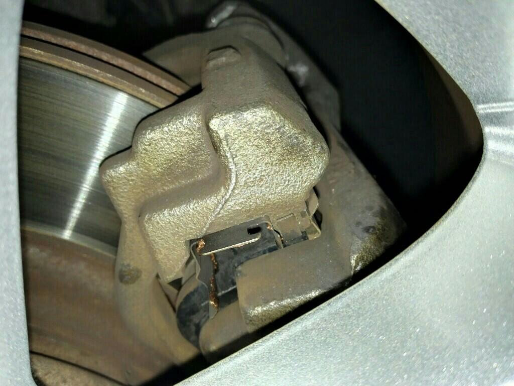 ブレーキからの異音退治&ついでにタイヤローテーション(10/18画像追加)