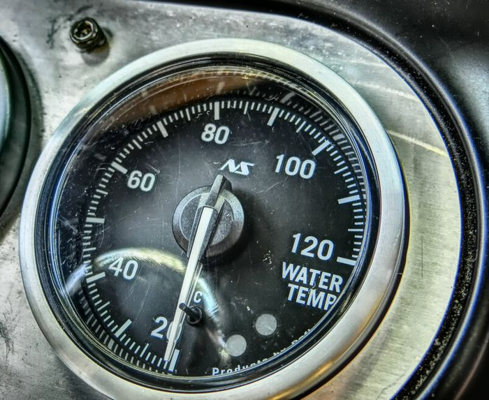 水温センサー交換