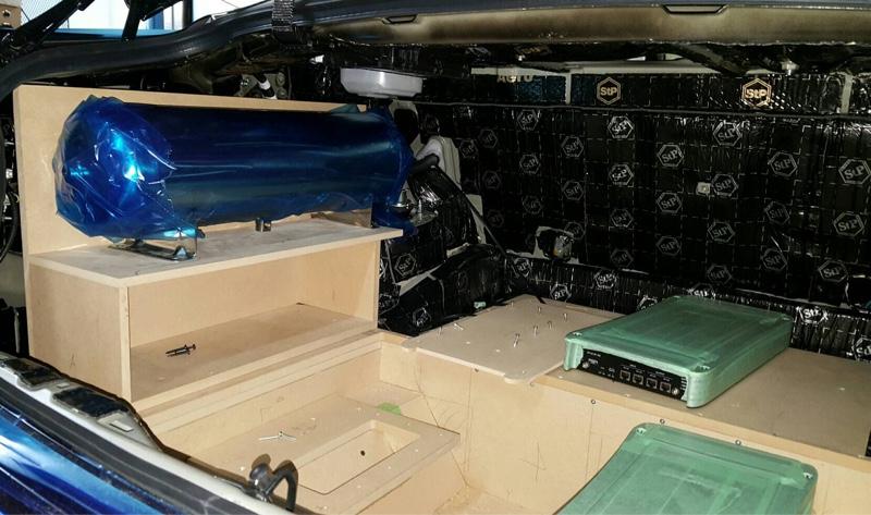 トランク制作