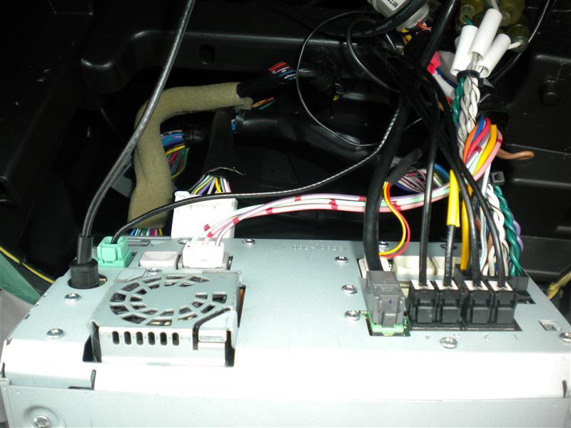 カーナビのオーディオCDからシャカシャカ音発生修理