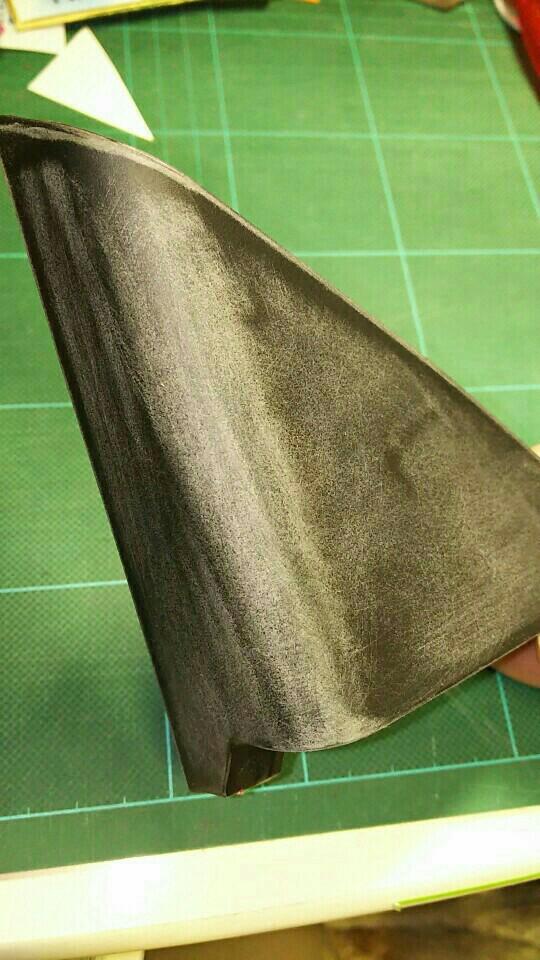 Aピラー部のカバーのシート張り替え