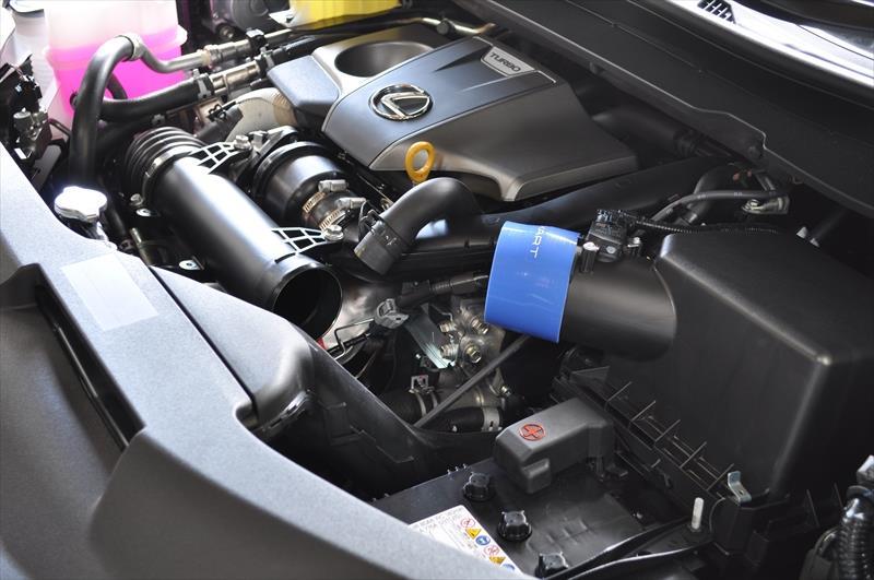 レクサスRX200t用エアインテークパイプ取付