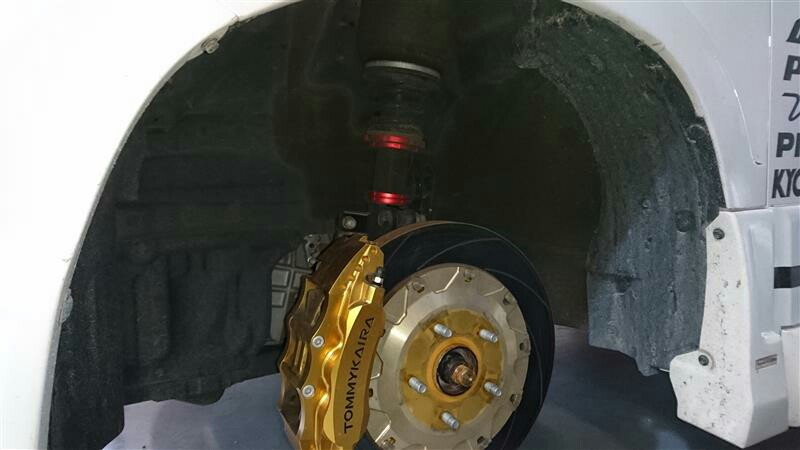 タイヤ交換 足回り点検