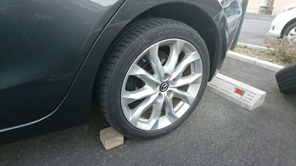 タイヤ交換(スタッドレスへ)