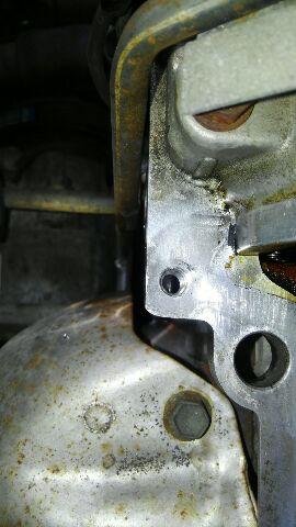 ヘッドカバーボルト穴 リコイル修理