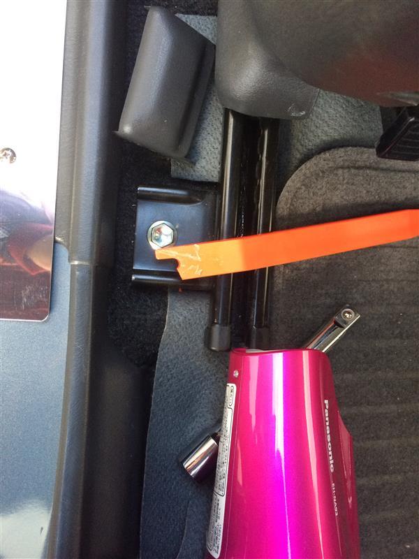 シートヒーター個別スイッチ設置