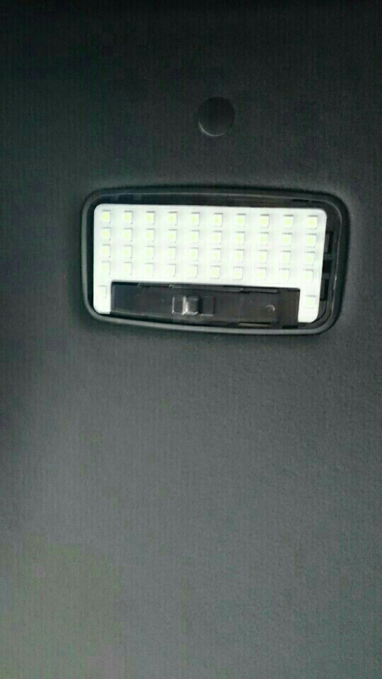 室内灯をLEDに交換しました。