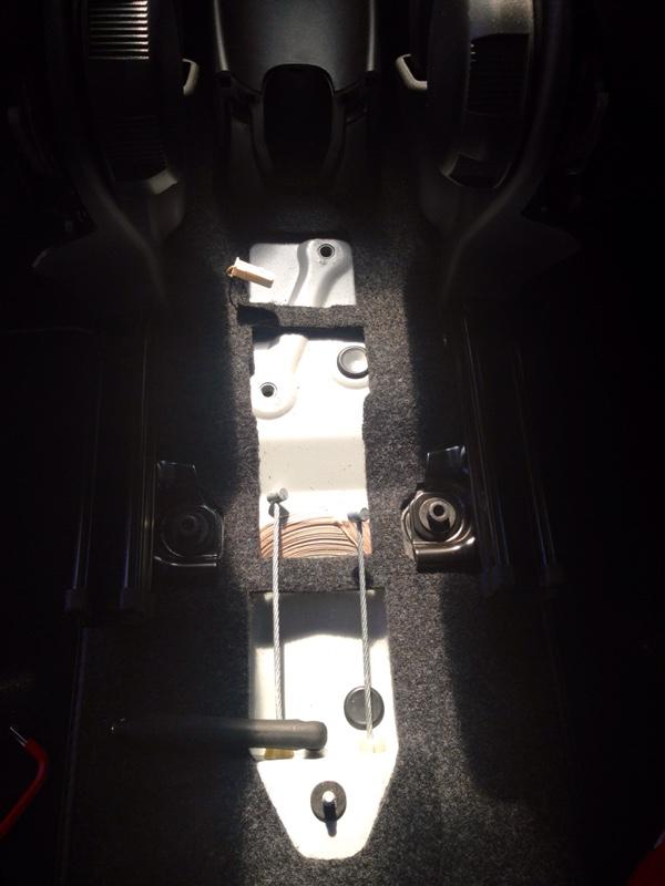 アルファ156 純正サイドブレーキカバー取り付け…