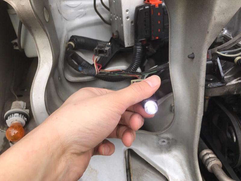 ポジション灯LEDに交換!