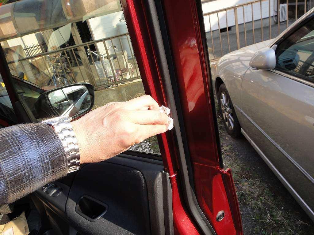 【C27】運転席セーフティイルミLED取付①