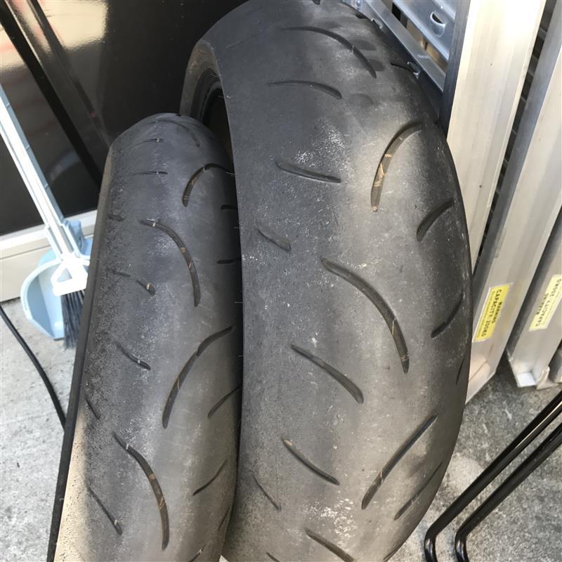 タイヤ&ブレーキフルード交換