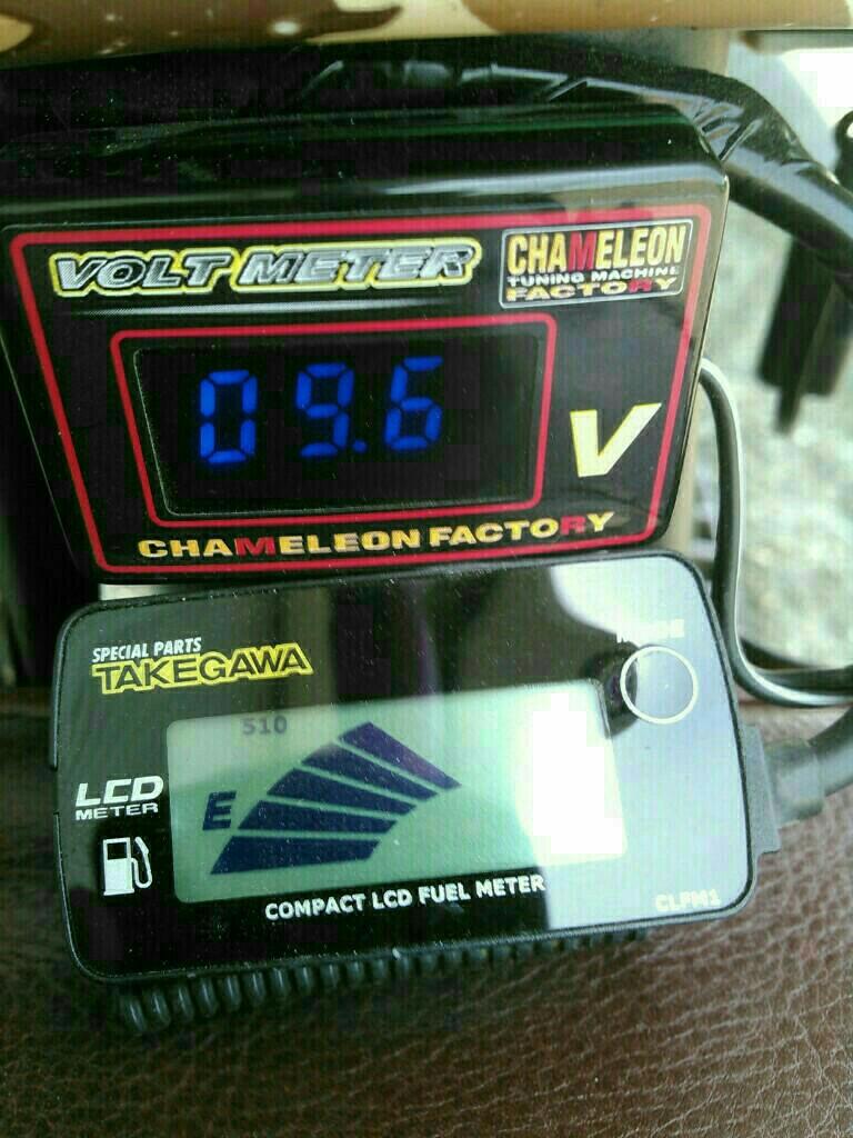 電圧計交換