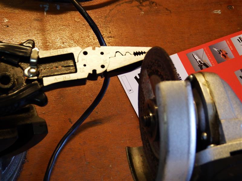 ラジエター液漏れ対策 パイプ抜けどめ加工自作