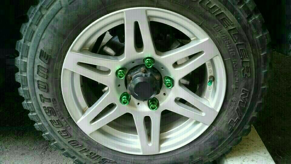 タイヤ、ホイール取り付け