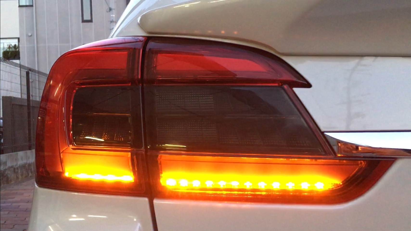 K2GEAR限定ギャラクシィ LEDテールランプ 試作品の2(プロトタイプ2)