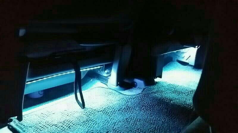 LEDフットランプ 取り付け