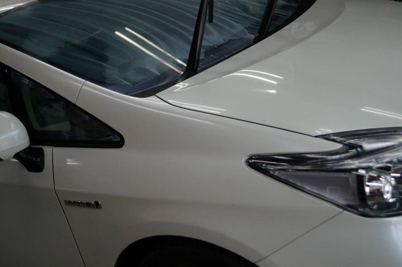 ガラス面を磨き終えホイルと同時に洗車をして