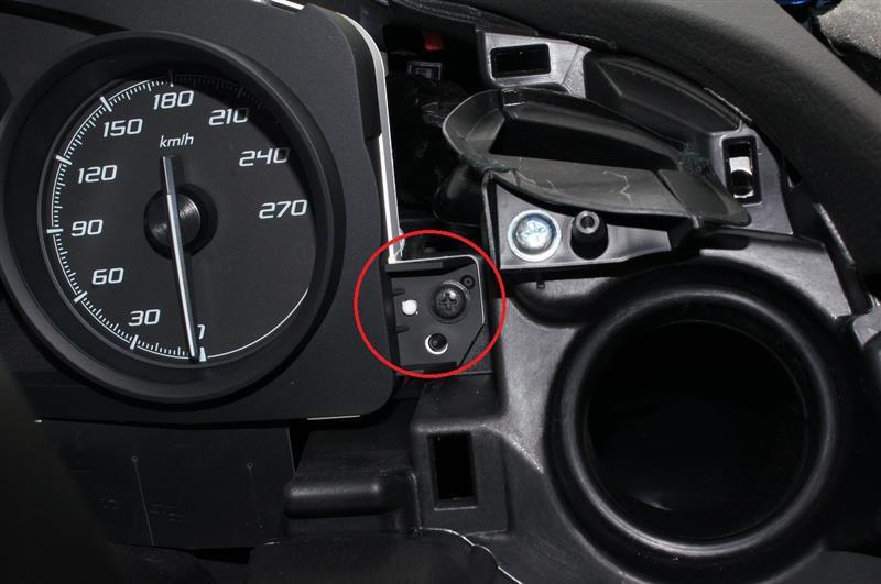 ブーストメーター(ついでに電圧計も)取付(室内配線編)