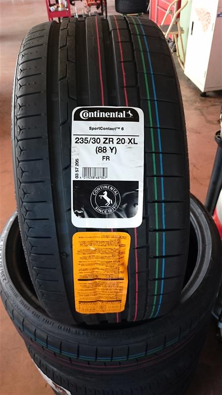 Continental ContiSportContact 6 235/30ZR20