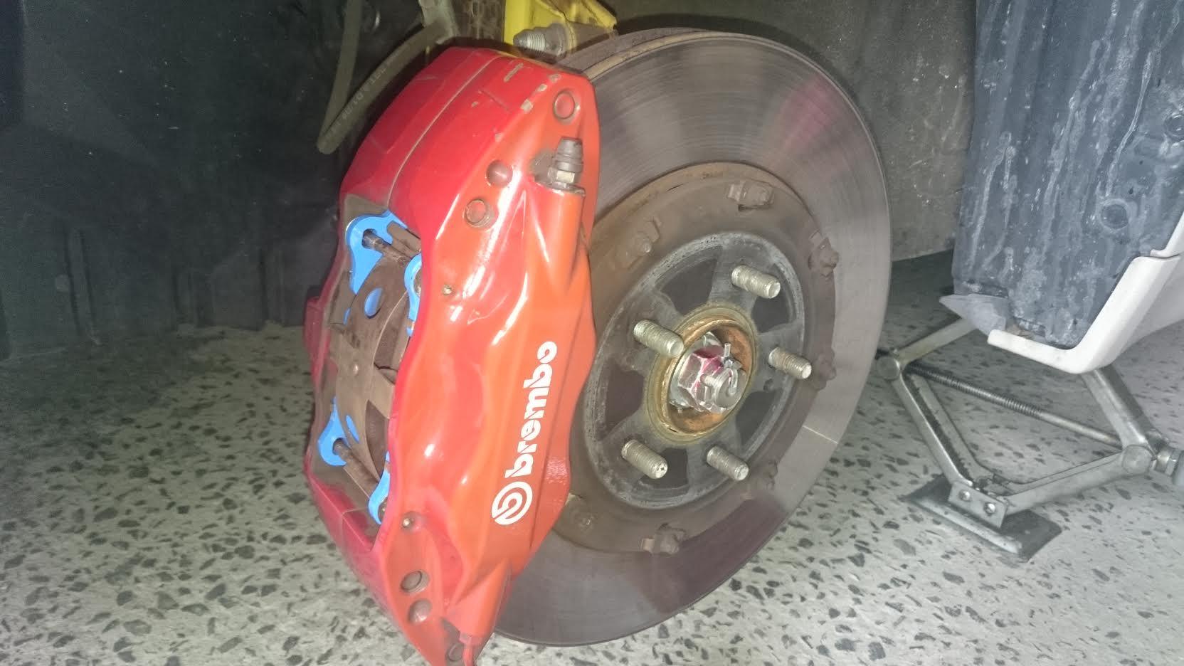ブレーキパット交換
