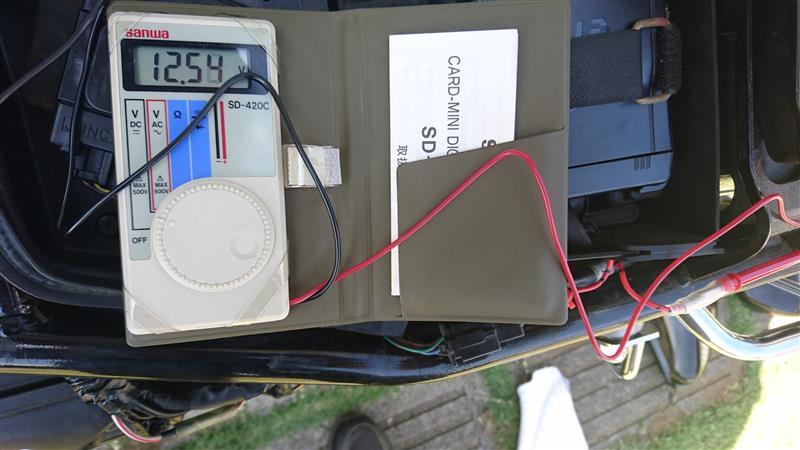 W400 USB電源取り付け