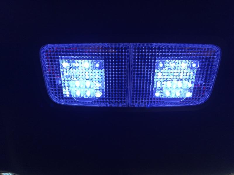 カローラフィールダーハイブリッド NKE165G後期用LEDルームランプセット
