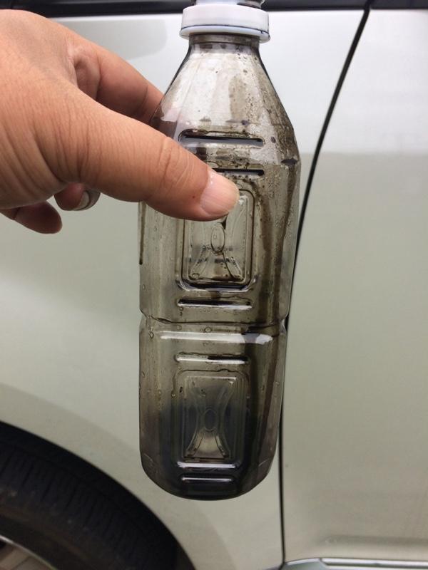 オイルキャッチタンク排液、洗浄