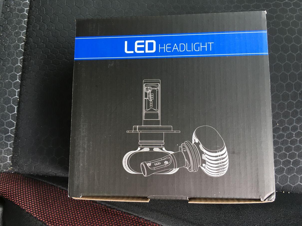 フォグランプを再度LEDに交換