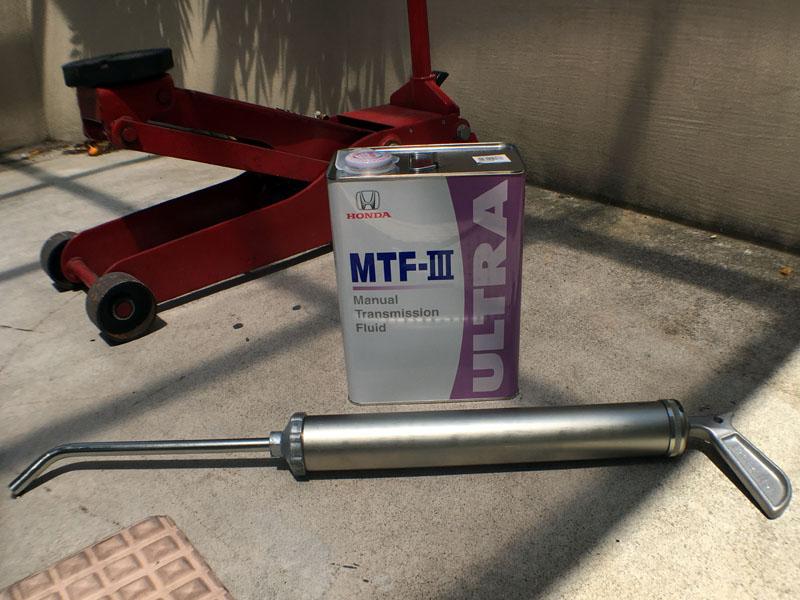 空冷オイルクーラー装着車のミッションオイル交換