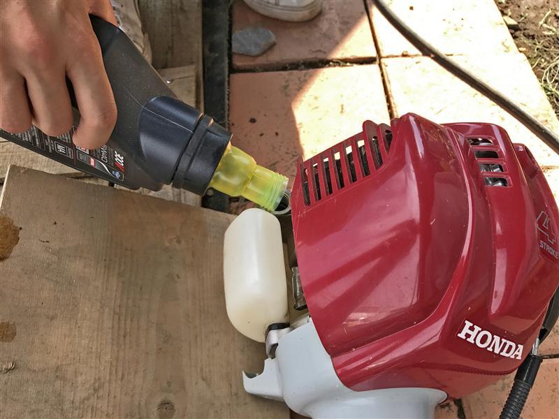 エンジンオイル交換 MOTUL V300 5W-40