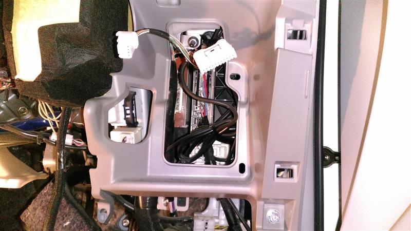リモコンエンジンスターター WR720PS取り付け